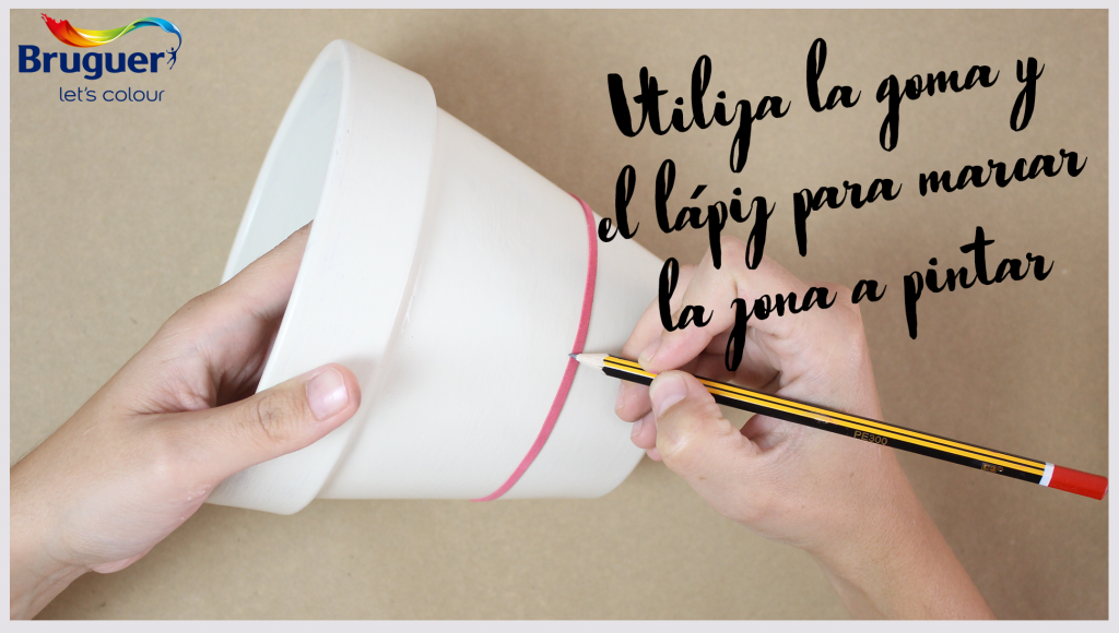 DIY: Decora tu maceta con color dorado