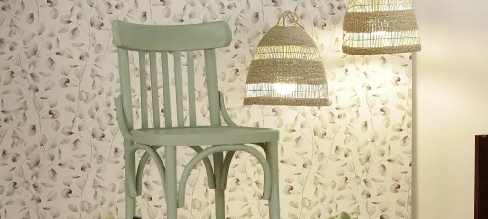 Bruguer Academy – Convertimos una silla de bar